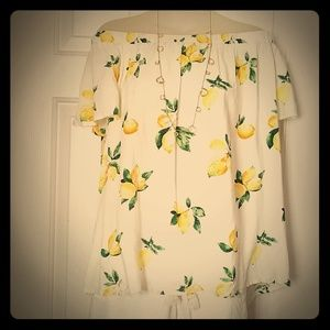 NWT VERY SOFT SUMMER BLOUSE
